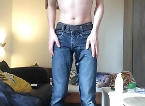 european;pee;slave;slut;dirty;urine;wetting;undies;pants;chastitycage;pig;boy,Euro;Twink;Fetish;Solo Male;Gay;Exclusive;Verified Amateurs Pissing my pants