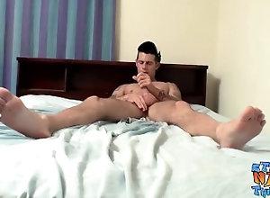 straightnakedthugs;straight-guys;straight;cumshot;solo;big-dick;masturbation;thug;jerking-off;big-cock,Fetish;Solo Male;Big Dick;Gay;Cumshot Athletic jock...