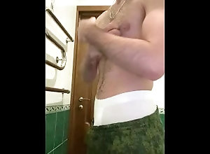 jerk-off;jerking-off;hot-cum;student;college,Euro;Solo Male;Big Dick;Gay;Straight Guys;Reality;Amateur;Cumshot;Verified Amateurs Hot Jerking off