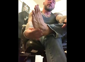 foot;feet;foot-worship;domination;foot-domination;foot-master;joi;jerk-off-instruction;gay;alpha;dom;cuckold-humiliation;big-feet;socks;dirty-socks;dirty-talk,Daddy;Muscle;Solo Male;Gay;Hunks;Straight Guys;Feet;Tattooed Men Foot Master...