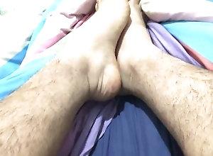 feet;man-feet;big-feet;huge-feet;sexy-feet,Solo Male;Gay;Interracial;Bear;Amateur;Chubby;Feet;Verified Amateurs Sexy big man feet