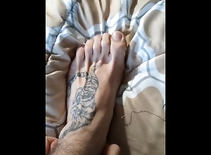 feet;foot-worship;mens-feet;tattoo-feet;pov;amateur;sexy-feet;sexy;footjob;feet-sex;toenails;verified-amateurs;verified;all-alone;pretty-feet;feet-worship,Daddy;Muscle;Solo Male;Gay;Straight Guys;Amateur;Mature;Feet;Verified Amateurs Amateur Foot...
