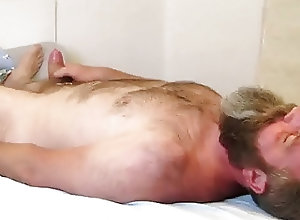 Men (Gay);Amateur (Gay);Bears (Gay);Interracial (Gay);Masturbation (Gay);HD Gays Bearded Bear Bed...