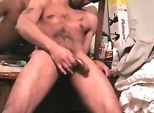Men (Gay) Good stroke, huge...