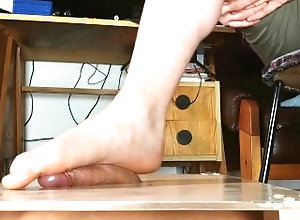 big-cock;bare-foot;bare-feet;sensual;footjob;soles;solejob;gay;slave;dominant-male;hungarian;huge-cumshot;foot-fetish;cum-control;magyar;feet,Feet;Verified Amateurs Bare feet male...