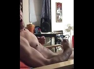 daddy;cum;gayhandjob;masturbation,Muscle;Solo Male;Gay;Hunks;Handjob;Jock;Mature daddy masturbates