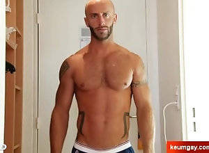 keumgay;big;cock;massage;gay;hunk;jerking;off;huge;cock;dick;straight;guy;serviced;muscle;cock;get;wanked;wank,Solo Male;Big Dick;Gay;Casting Aymeric, delivery...