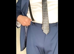 amateur;daddy;solo;business-suit;beard;nerd;dad;big-belly;suit;jack-off;glasses;jo,Daddy;Latino;Solo Male;Gay;Bear;Straight Guys;Mature;Cumshot;Chubby Small dick daddy...