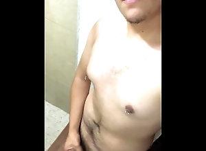 gay;gordito;paja;handjob;jerking-off;caught-masturbating;amigos;whatsapp;gdl;mexico;straight-guy;hot;porno-gay;gay-porn,Twink;Solo Male;Big Dick;Gay;Straight Guys;Reality;Handjob;Cumshot;POV;Verified Amateurs Caliento a mi...