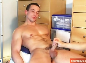 keumgay;massage;handsome;gay;hunk;jerking-off;dick;straight-guy;muscle;serviced;get-wanked;wank;suck;blowjob;cock;big-cock,Massage;Euro;Muscle;Big Dick;Gay;Hunks;Straight Guys;Handjob;Cumshot Str8 fitness...