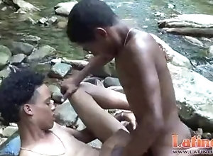 latinosfun;latin;big-cock;latino;twinks;fucking;outdoor;anal,Black;Twink;Latino;Blowjob;Big Dick;Gay Young gay Latinos...