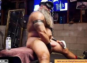 bull;muscle;musclebear;powerlifter;cigar;leather;dungeon;huge-cock;huge-balls;jerk-off;stroking-huge-cock;hot-bearded-guy;bodybuilder;hairy;beefy-muscle;beefy-bull,Bareback;Daddy;Muscle;Solo Male;Big Dick;Gay;Bear;Uncut;Tattooed Men BIG BEARDED BULL...