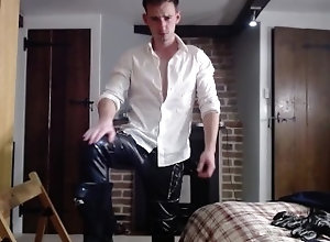 european;leather;suit;business-suit;shirt-and-tie;leather-fetish;faggot-humiliation;muscle-worship;strip;tease;strip-tease;joi;jerk-off-instruction;gay,Euro;Muscle;Fetish;Solo Male;Gay;Hunks;Amateur;Jock;Webcam SUIT TO LEATHER...