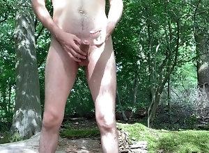 Teenboys nackt im wald