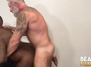 bearfilms;big-cock;bear;cub;hairy;bareback;interracial;bbc;big-dick;big-ass;beard;blowjob;muscle;hunk;tattoo;mature,Bareback;Muscle;Blowjob;Big Dick;Pornstar;Gay;Interracial;Bear;Hunks;Tattooed Men,Lance Charger BEARFILMS Wolf...