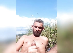 cumshot;outdoor,Solo Male;Gay OUTDOOR...