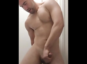solo-male;straight-guy;anal;fingering-myself;finger-ass;huge-cumshot,Muscle;Solo Male;Gay;Hunks;Straight Guys;Uncut;Webcam;Cumshot;Verified Amateurs Anal fingering...