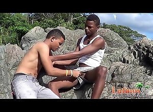 outdoor,blowjob,suck,oral,gay,latino,twinks,gay Brown-skinned...