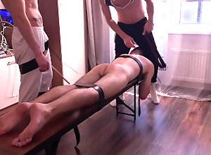 слуга;хозяин;шлепки;ротанг;доминация;Жесткий-секс;spanked-fucked;anal;domination;blowjob;slave,Twink;Muscle;Fetish;Blowjob;Gay;Rough Sex spanked with a...