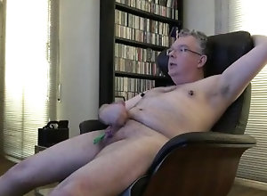 mature;gay;old;nipples;bdsm,Daddy;Fetish;Solo Male;Gay;Bear;Handjob;Mature;Webcam;Cumshot Old gay with...