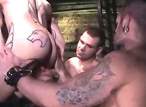 Men (Gay);Gay Porn (Gay);Hunks (Gay);Muscle (Gay) Logan McCree in...