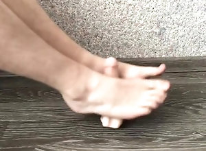 footjob;sockjob;foot;feet;toes;foot-fetish;gay-fetish,Euro;Solo Male;Gay;College;Amateur;Feet;Verified Amateurs Gay Footjob with...