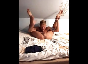 tanned;wanking;selfsuck;autofellatio;bedroom;athletic;big-dick;big-cock;european,Euro;Fetish;Solo Male;Blowjob;Big Dick;Gay;Handjob;Uncut;Jock Tanned guy...