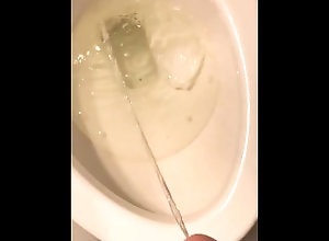 pissing;peeing;amateur;gay,Euro;Twink;Solo Male;Gay;Amateur Pissing