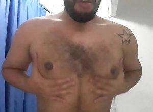 peitos-perfeitos;mostrando-o-peitos;peitos;chupando-peitos;gay;handjob;cumshot;fat;gordo;punheta;boy;urso;peludo;bear;pornhub;amador,Daddy;Twink;Latino;Fetish;Solo Male;Gay;Bear;Handjob;Chubby;Tattooed Men Mostrando meus...