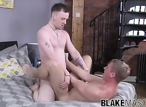 blakemason;british;amateur;young-men;twink;deepthroat;jaymie-young;jock;cumshot;uk;anal;big-dick;masturbation;blowjob;big-cock;jack-elliott,Twink;Blowjob;Big Dick;Gay;Rough Sex;Cumshot Blowjob with...