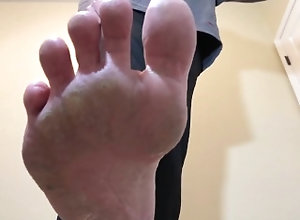 medical-fetish;gay-foot-worship;foot-stomp-pov;foot-domination;dry-soles;pov-gay;dr;doctor;dry-feet;male-feet;gay-cure;homo-virus;barefoot;mask-fetish;beatdown;repeat-stomps,Solo Male;Gay;Straight Guys;Amateur;POV;Feet POV Dr Gives Foot...