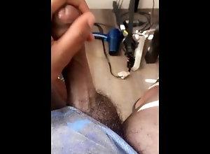 uncut-cock;bate-bro,Black;Solo Male;Gay;Amateur;Handjob;Cumshot;Chubby;Verified Amateurs Oozing nut