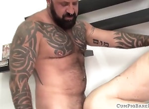 barebackcumpigs;gay;bear;mature;hairy;fetish;doctor;tattoo;beard;hunk;doggystyle;missionary;raw;unsaddled;spunk,Bareback;Gay;Bear;Mature;Cumshot Young otter...