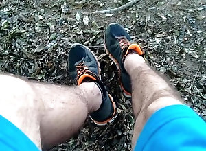 footjob;foot-fetish;foot-worship;booty-shorts;feet;feet-worship;feet-massage;shoes;boots;feet-masturbation;park;public;real-public-sex;bear;daddy;mature,Daddy;Latino;Solo Male;Big Dick;Gay;Bear;Public;Handjob;POV;Feet feet fetish i...